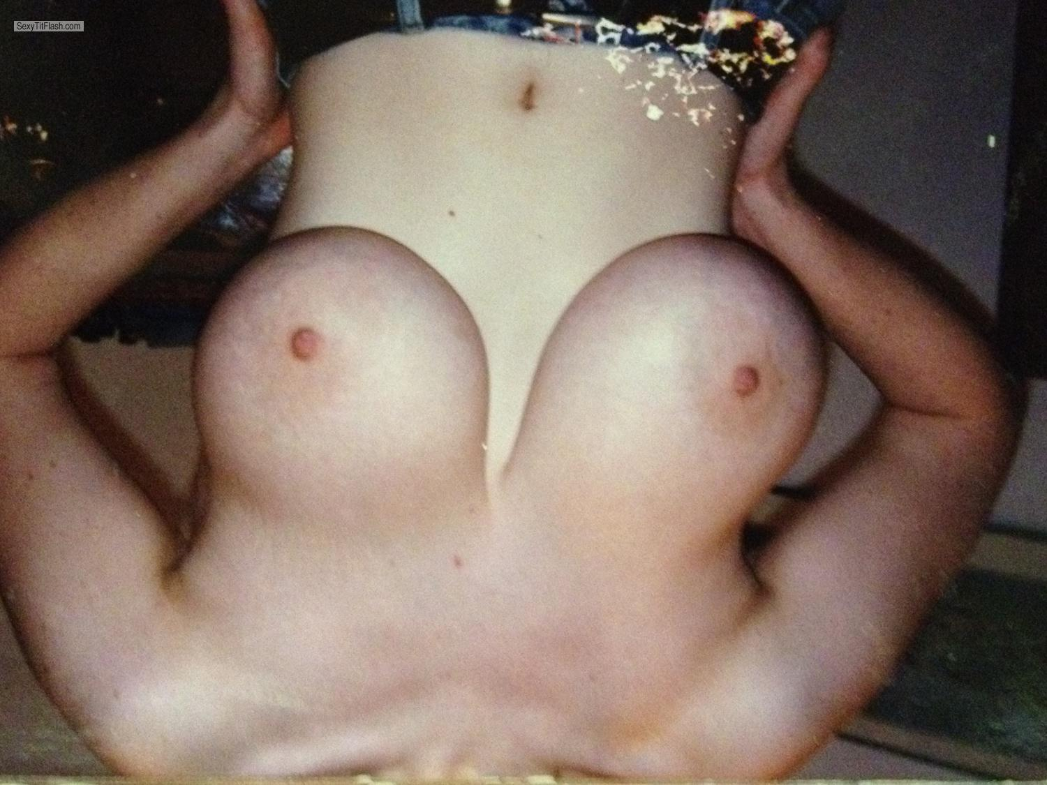 Extremely big Tits Byda