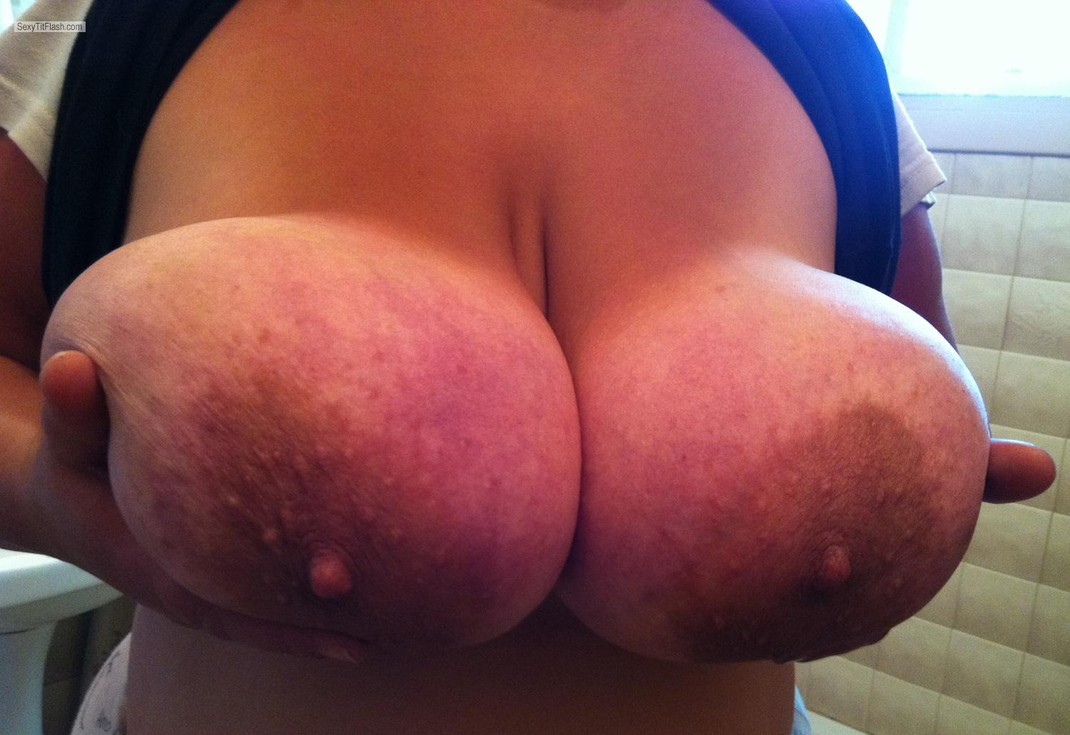 Extremely big Tits Mandy6980
