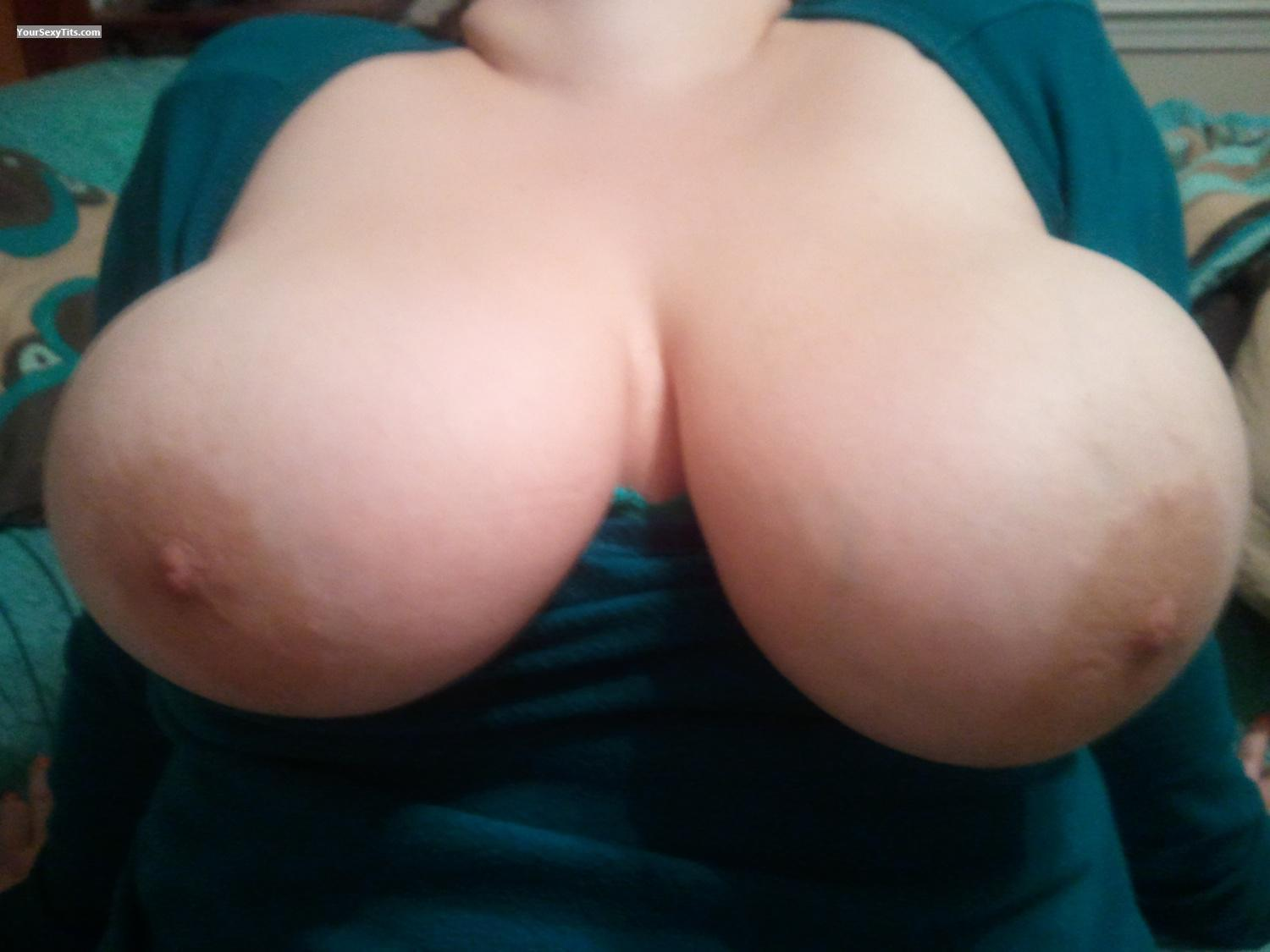 Extremely big Tits Loveemsucked
