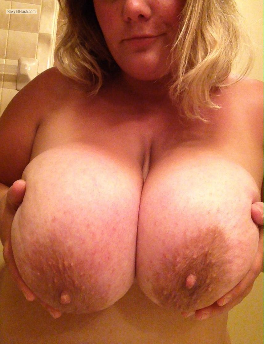 Tit Flash: Extremely Big Tits By IPhone - Mandy from United States