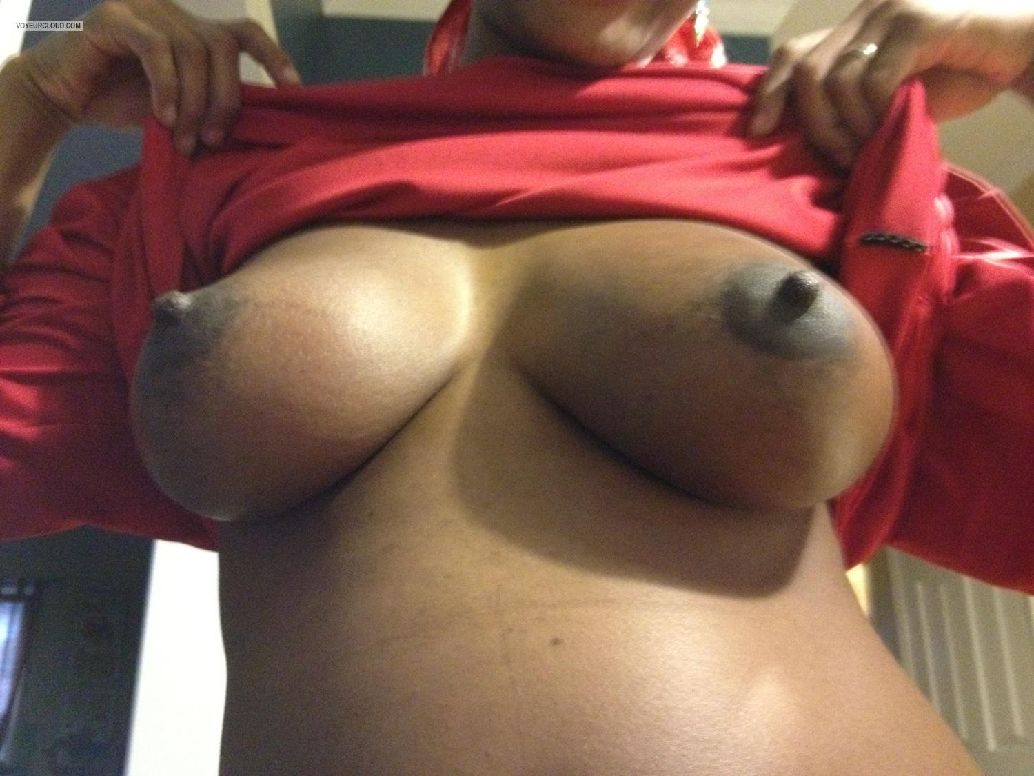 Tit Flash: Big Tits By IPhone - Bella from United States