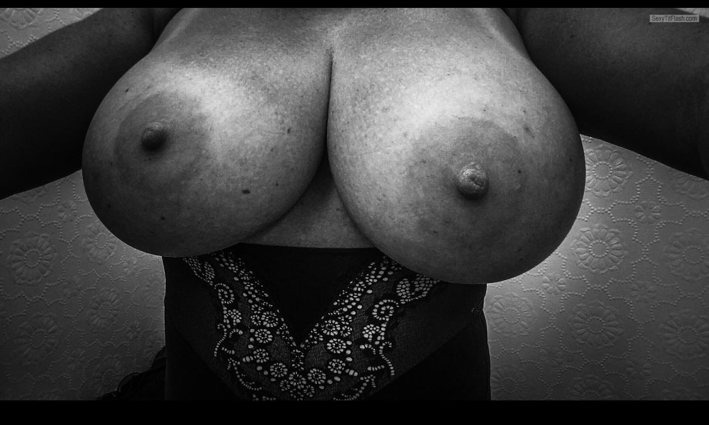 My Extremely big Tits Topless Corpus81