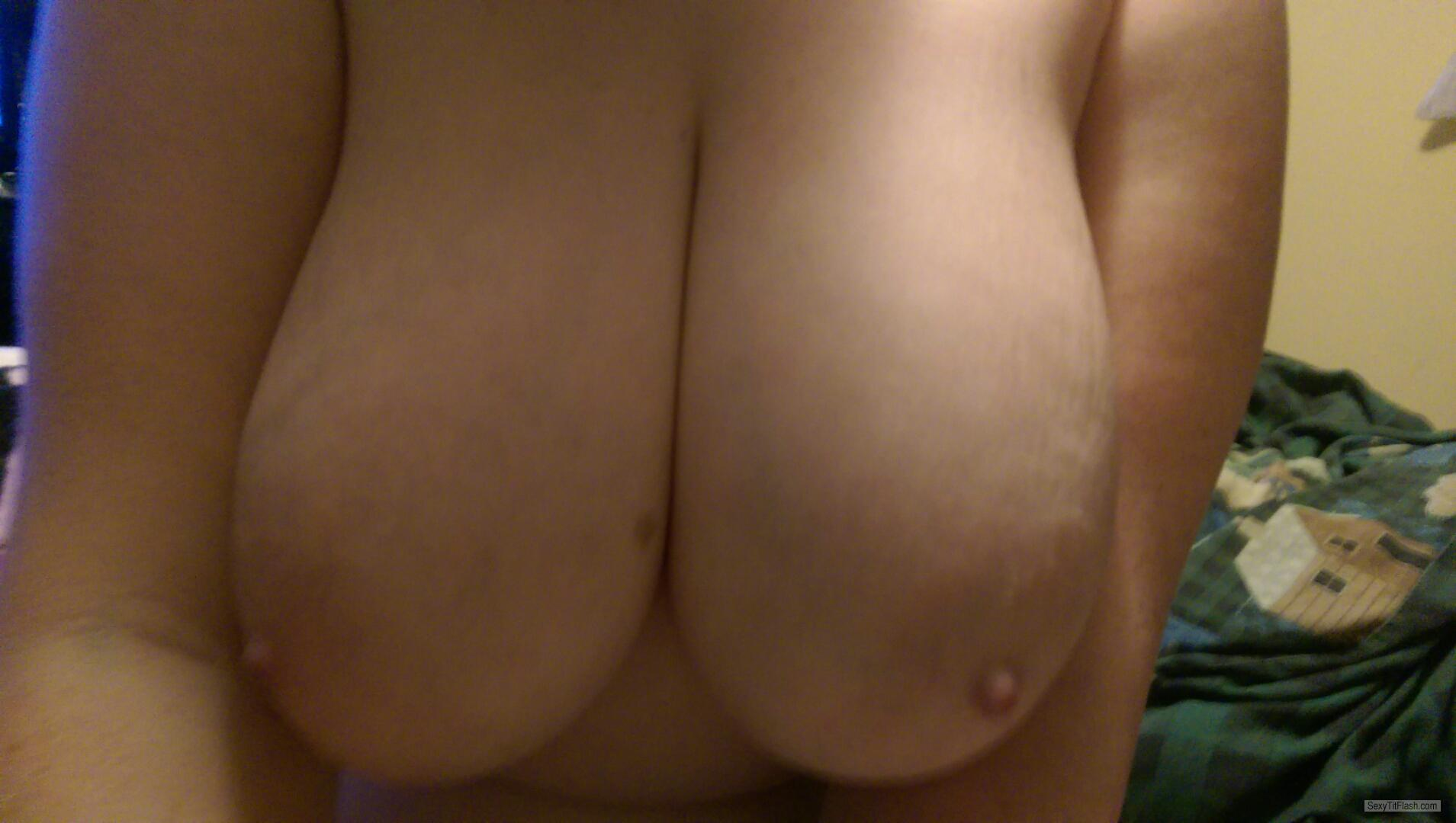 Extremely big Tits Of My Girlfriend JJ Cup