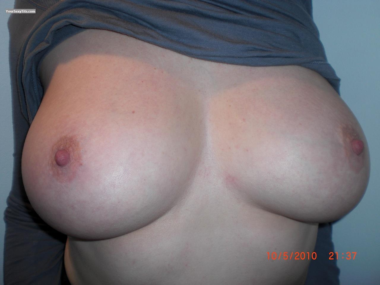 Tit Flash: Big Tits - Jen Again from Australia