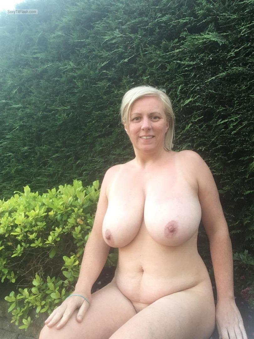 Tit Flash: My Extremely Big Tits - Topless Liz from United Kingdom