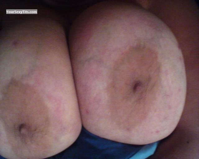 Tit Flash: My Extremely Big Tits (Selfie) - Rabbit from United States