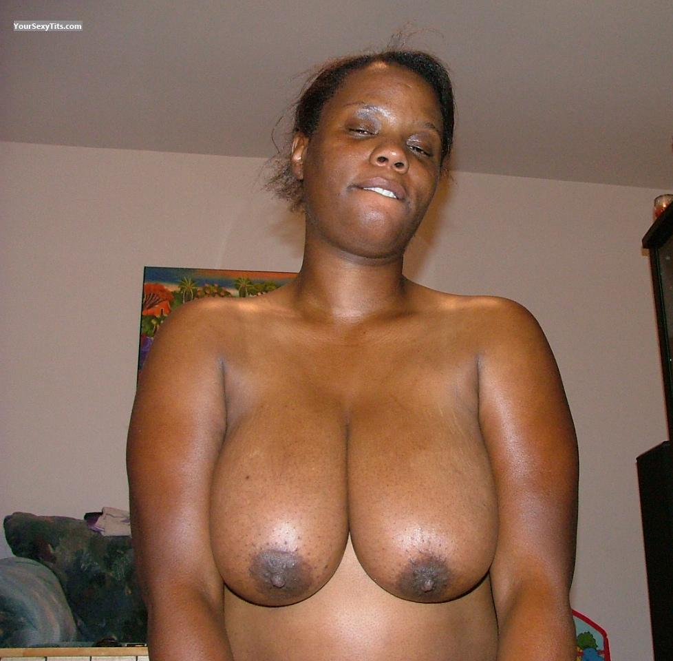 Tit Flash: Extremely Big Tits - Topless Spice from United States
