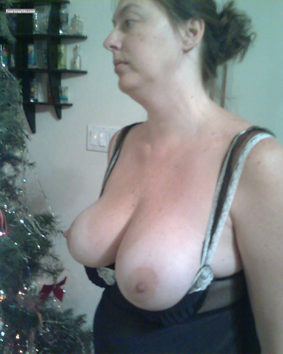 Extremely big Tits Topless DeerparkTX Jen