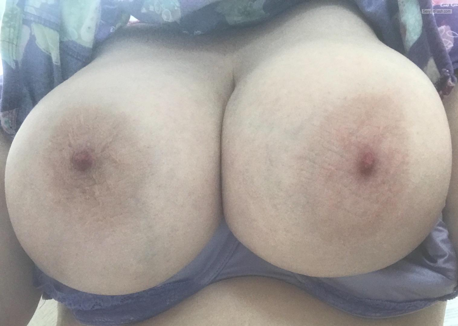 Tit Flash: Wife's Extremely Big Tits (Selfie) - Big Tits from United States