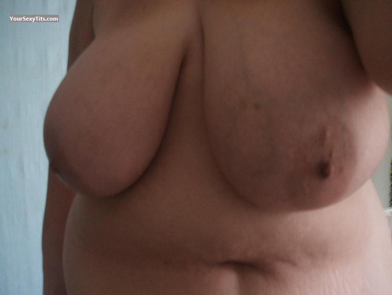 Extremely big Tits BigFlp