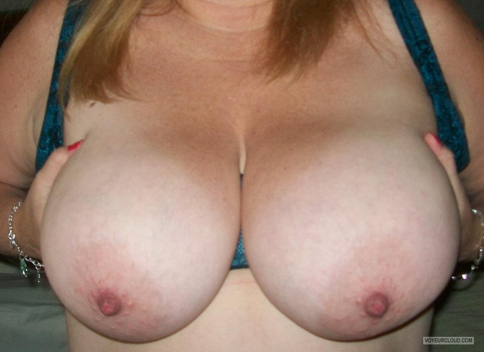 Tit Flash: My Extremely Big Tits - KTX from United States