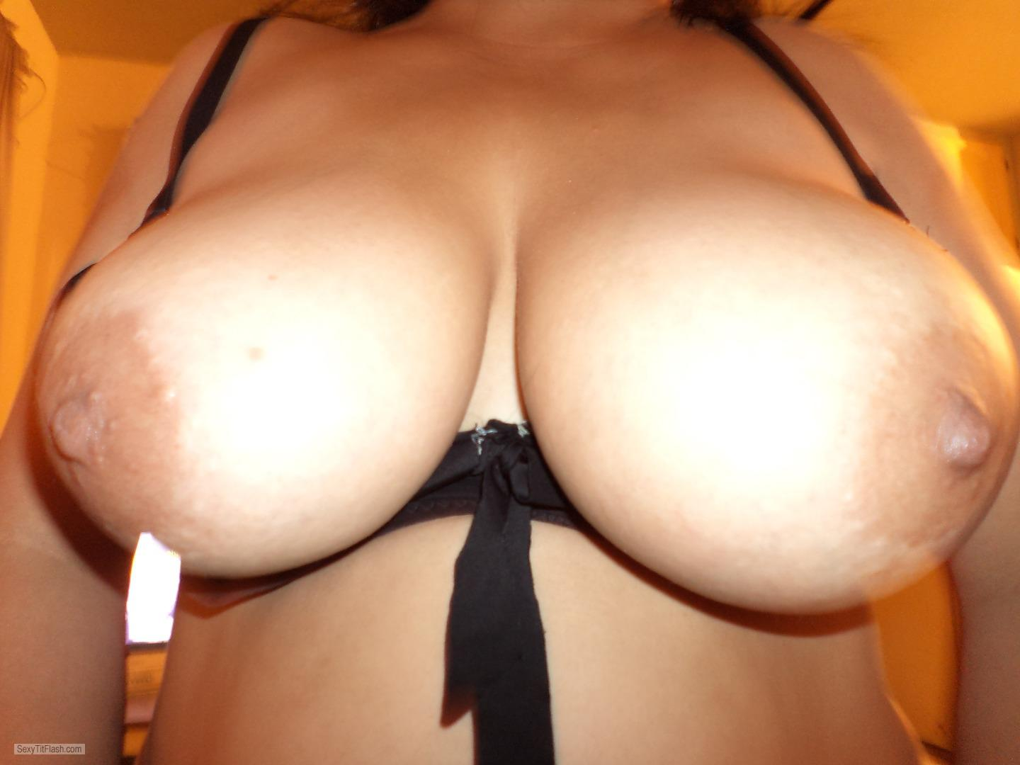 Extremely big Tits Of My Girlfriend Topless My GF DDD's