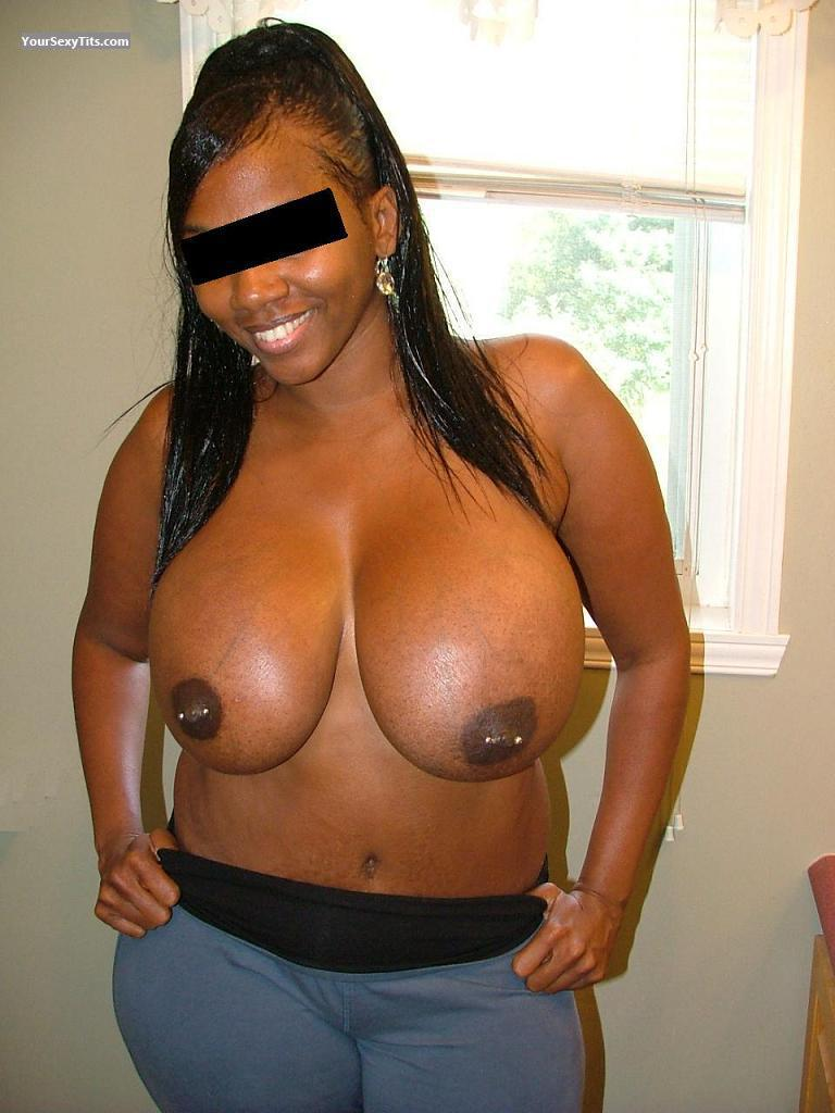 extremely big tits - 36-ff from united states tit flash id 62392