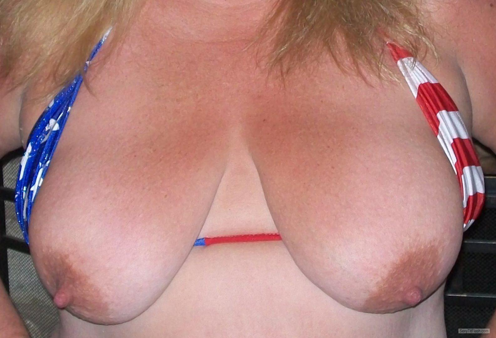 Tit Flash: My Medium Tits - KTX from United States