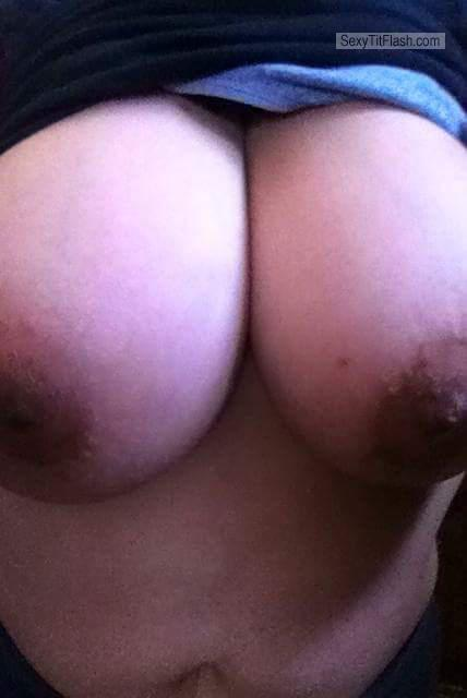 Extremely big Tits Of My Girlfriend Topless Hugejhon22
