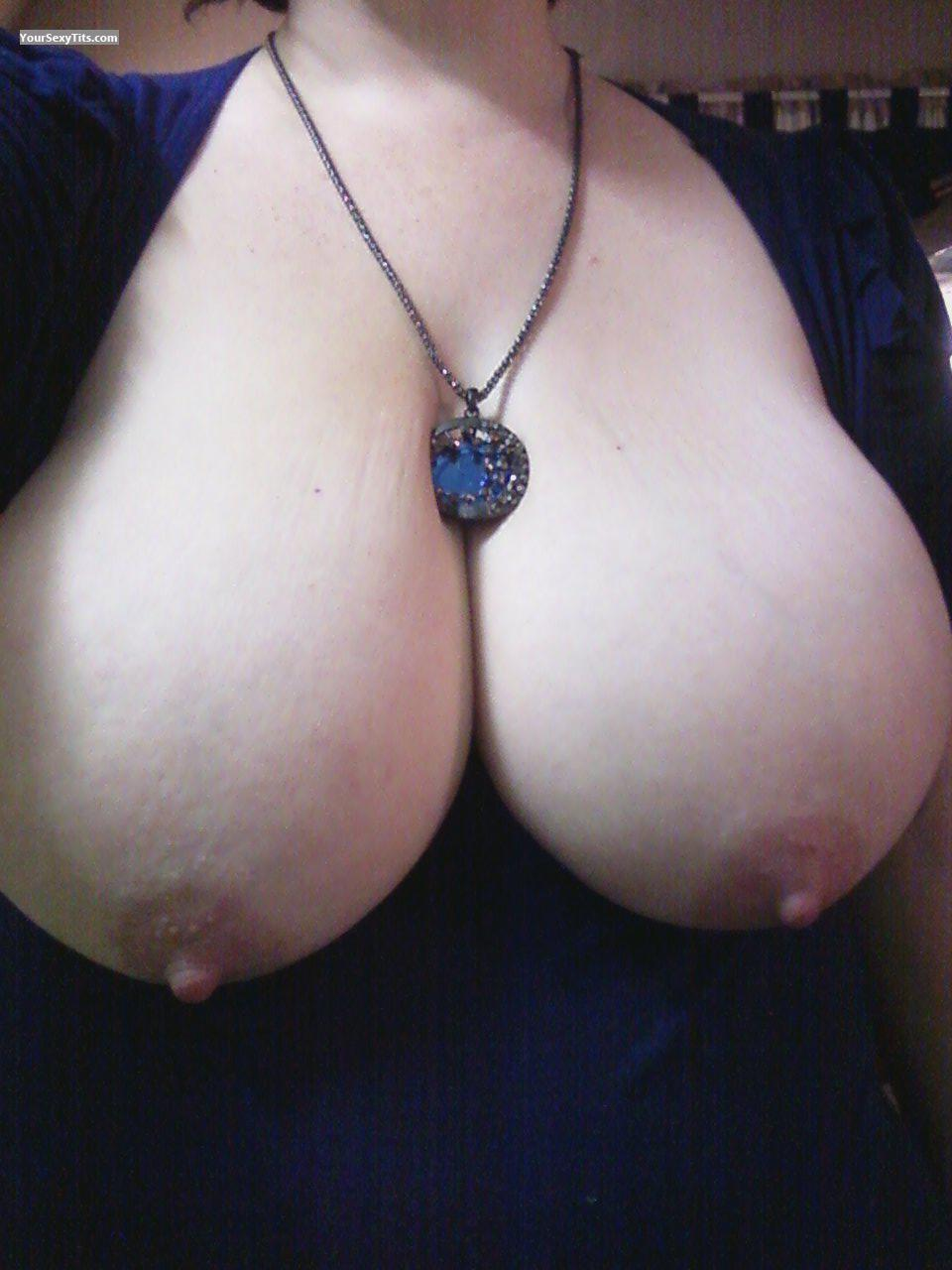 Tit Flash: My Extremely Big Tits (Selfie) - PeachesnCream from United States