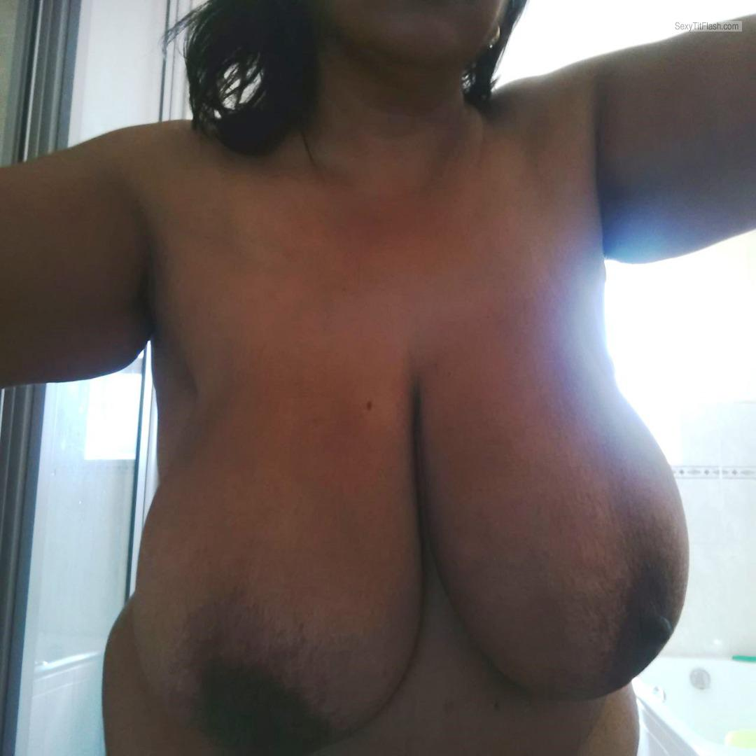Tit Flash: My Extremely Big Tits - Ela from South Africa