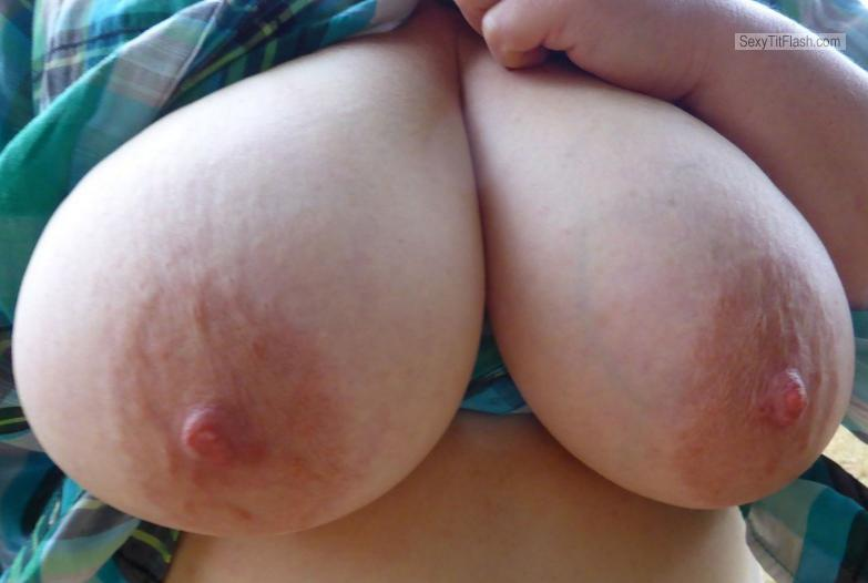 Tit Flash: My Extremely Big Tits - Topless Susi from Canada