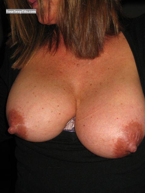 Tit Flash: Big Tits - Darlene from United States