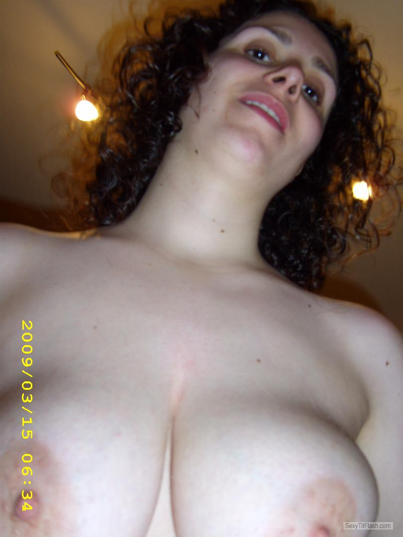 athletic girl huge tits naked