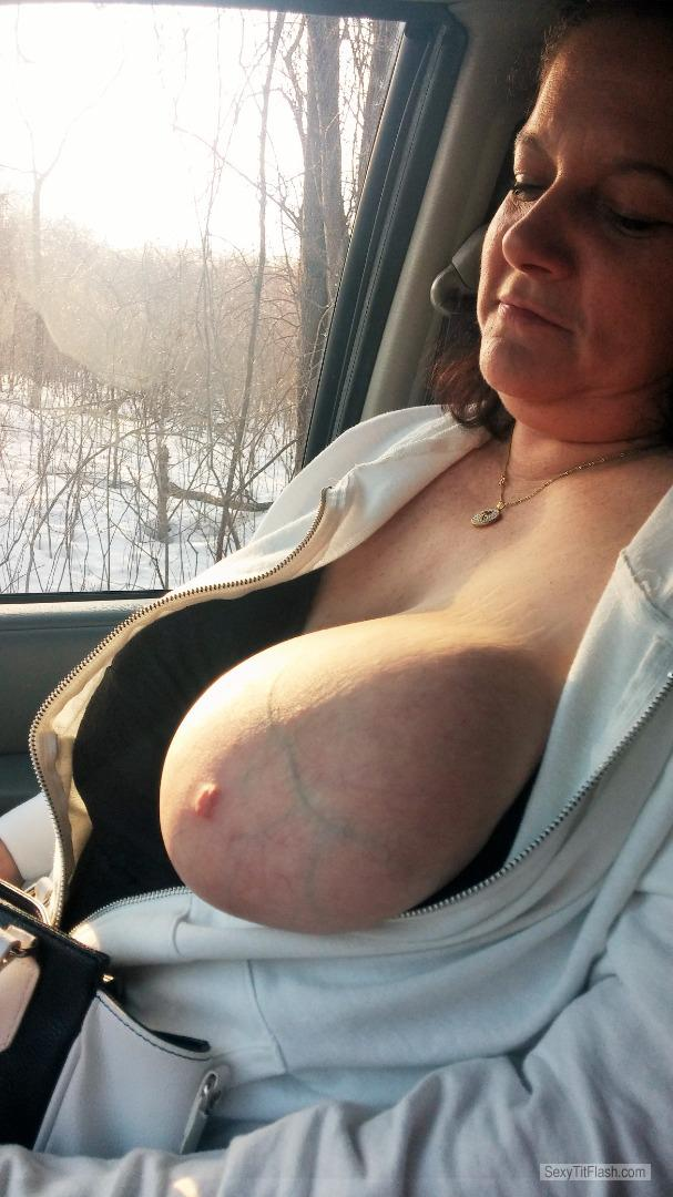 Tit Flash: My Extremely Big Tits - Topless Slutty Rachel from United States