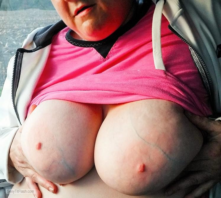 Tit Flash: My Extremely Big Tits - Topless Rachels Big Titty Fuckers from United States