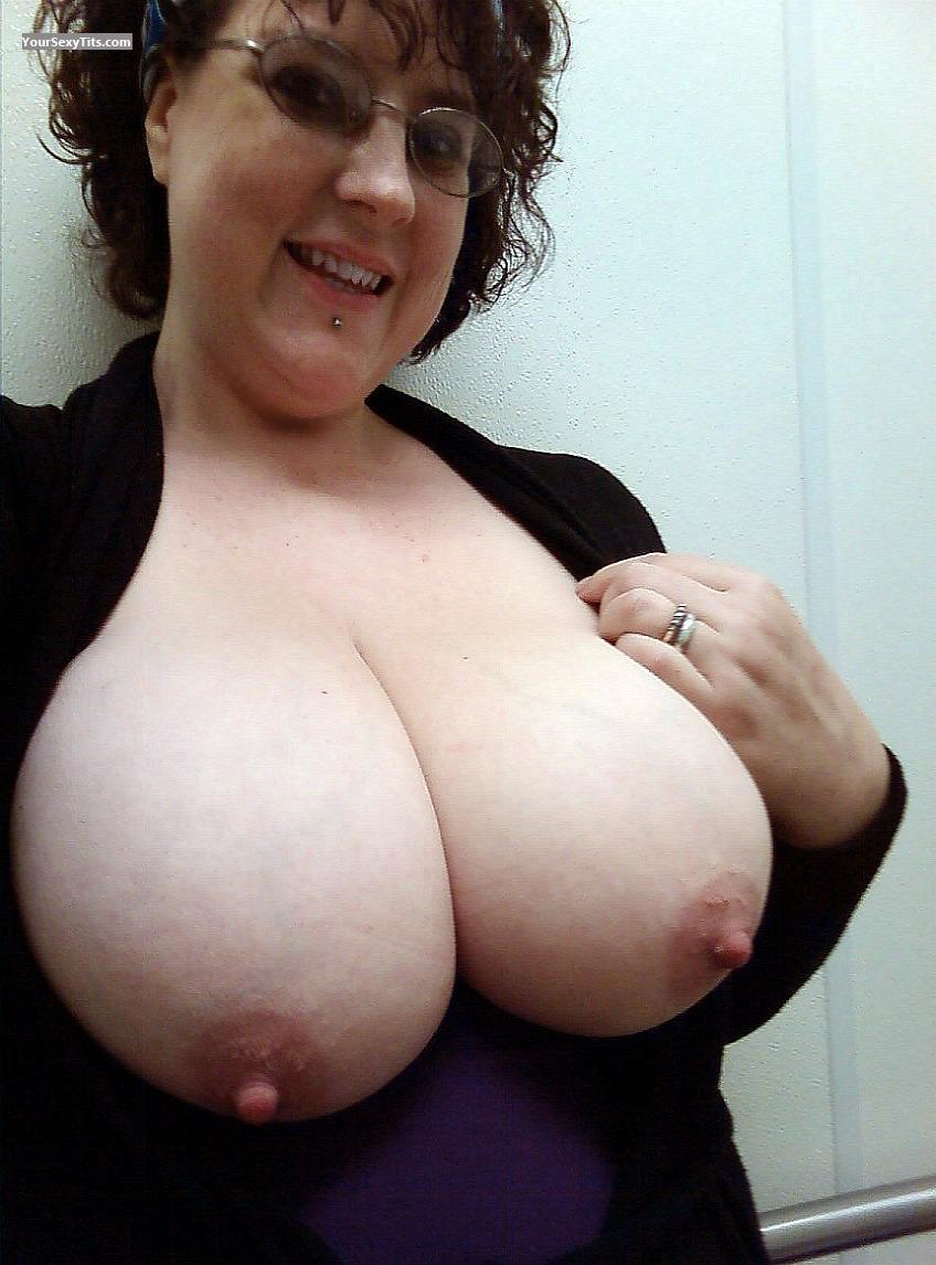 Apologise, big nipple tits