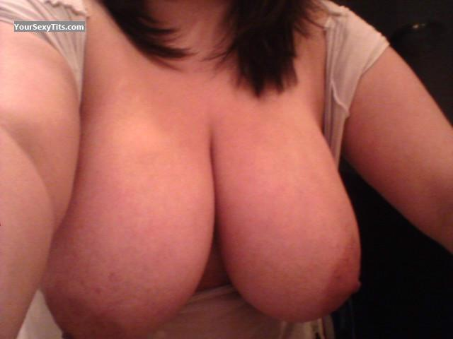 My Extremely big Tits Topless Selfie by Zxgurl