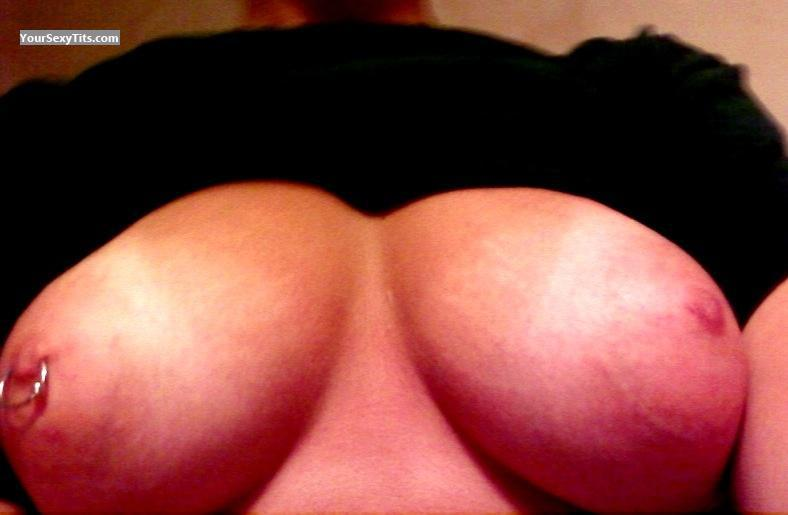 Tit Flash: Medium Tits By IPhone - Kim from United StatesPierced Nipples