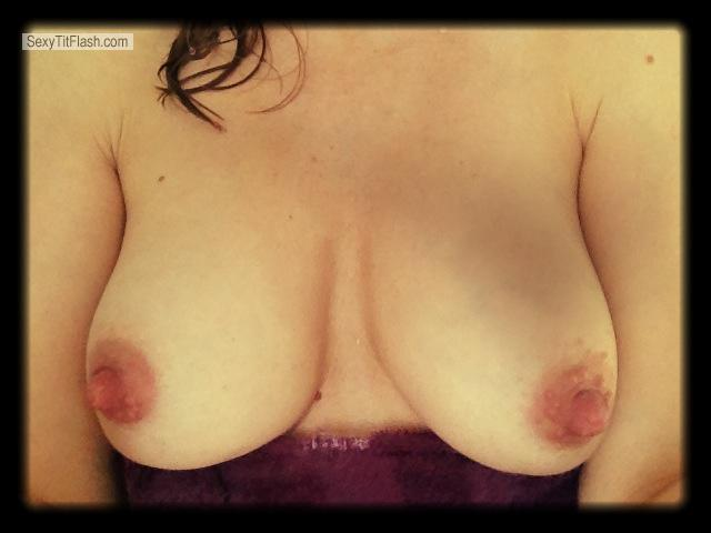 Tit Flash: Medium Tits By IPhone - Hmm... from United States