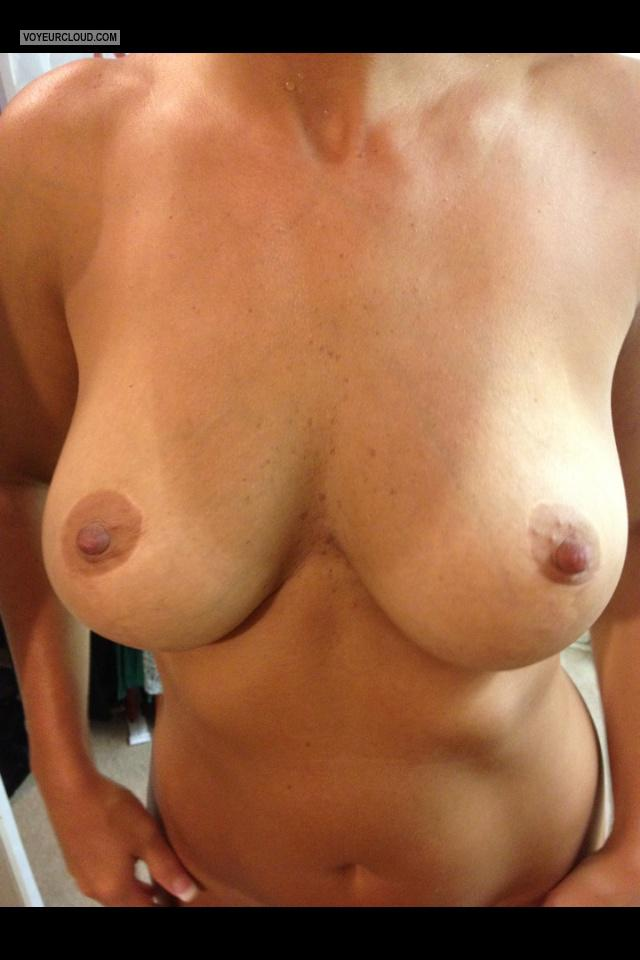 Tit Flash: Big Tits By IPhone - Sexy Hotrod from United States