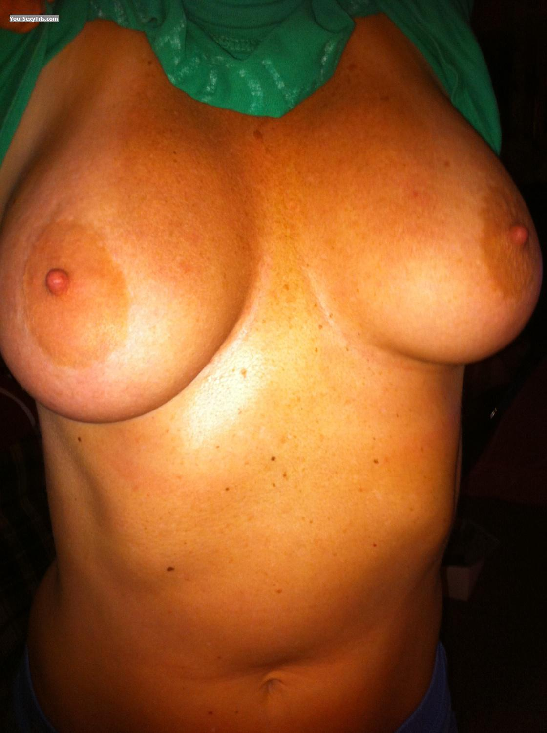 Tit Flash: Medium Tits By IPhone - Gannman from United States