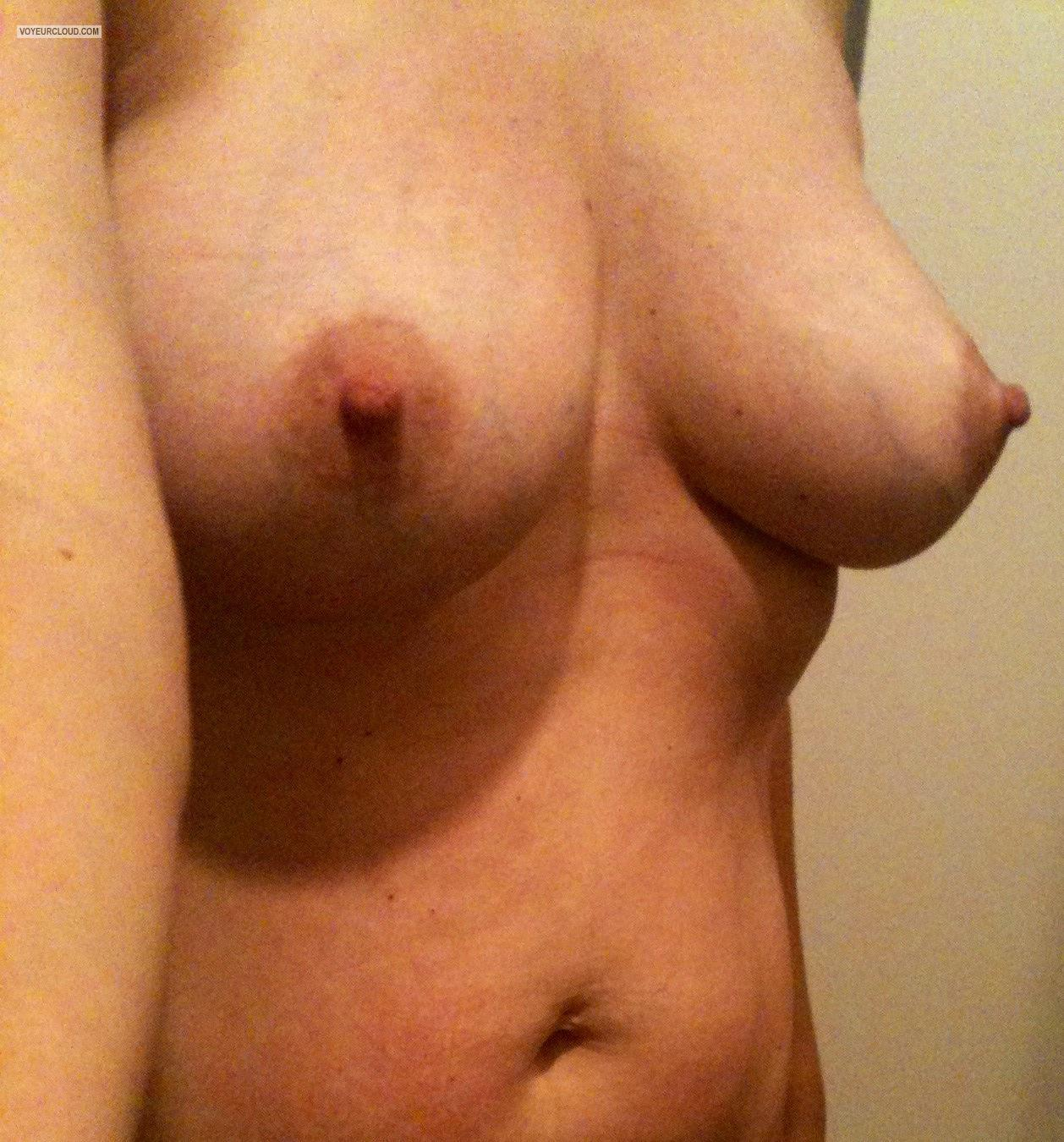Tit Flash: Medium Tits By IPhone - Nati from United States