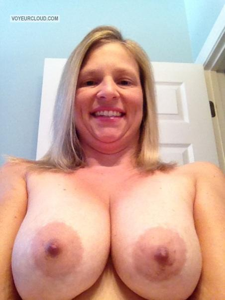 My Big Tits Topless Selfie by American Girl