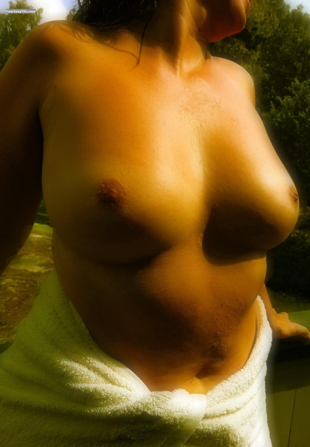 Tit Flash: Medium Tits By IPhone - Lola from Sweden