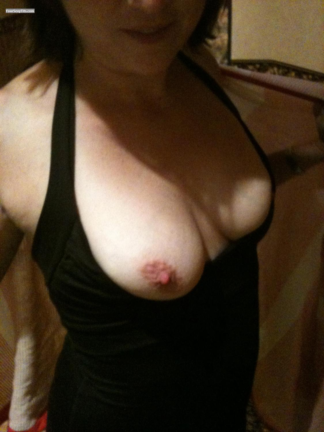 Tit Flash: Medium Tits By IPhone - Funwife from United States