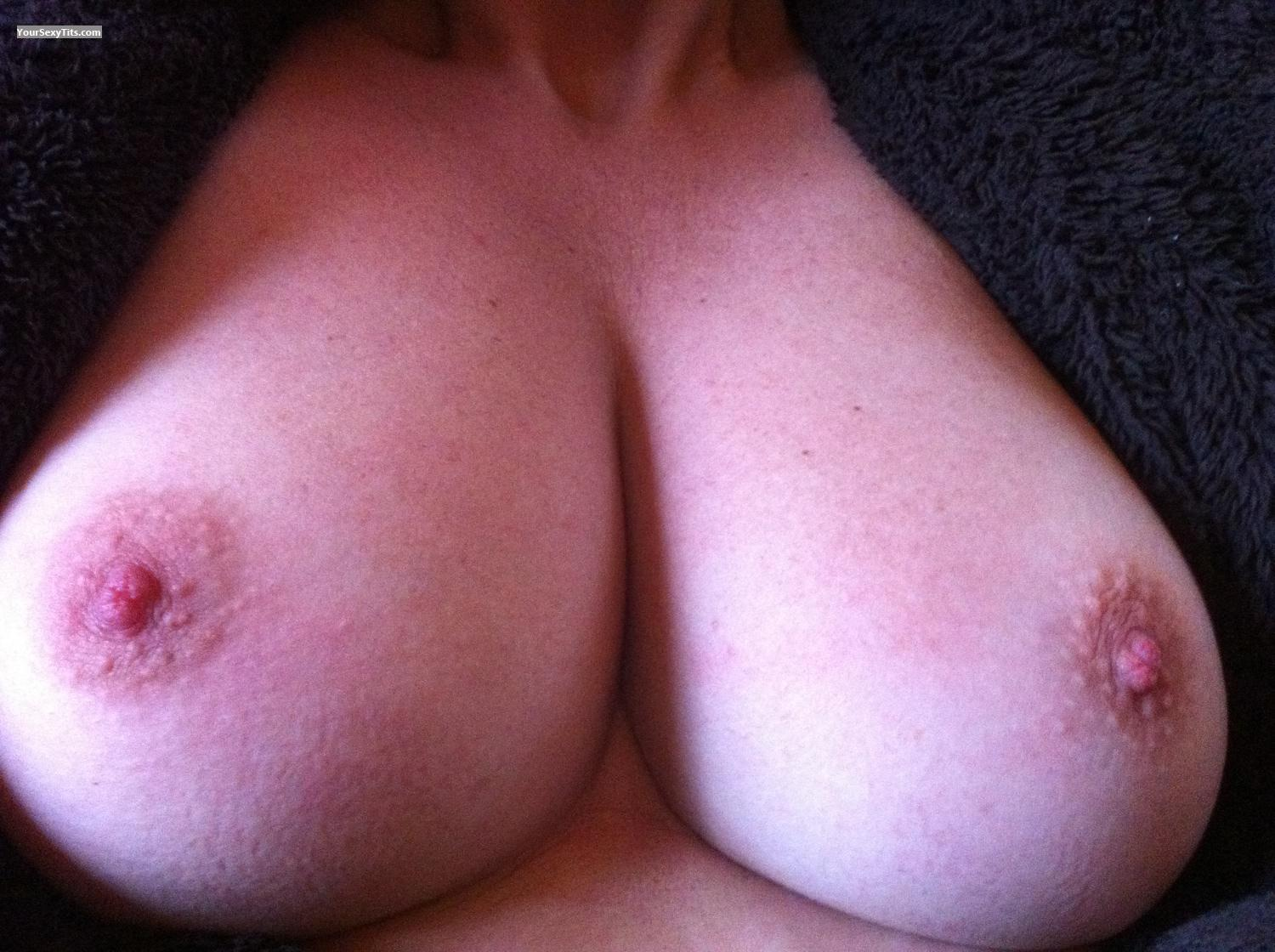 My Medium Tits Selfie by Lola