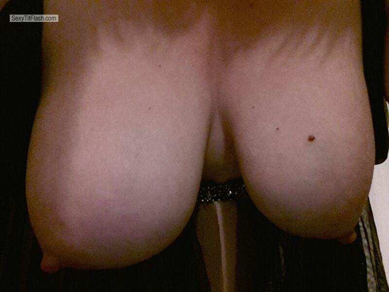 My Medium Tits Selfie by Good Boy