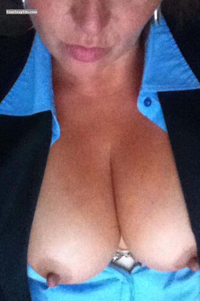 Tit Flash: Medium Tits By IPhone - Good Gurl Gone Bad from United States