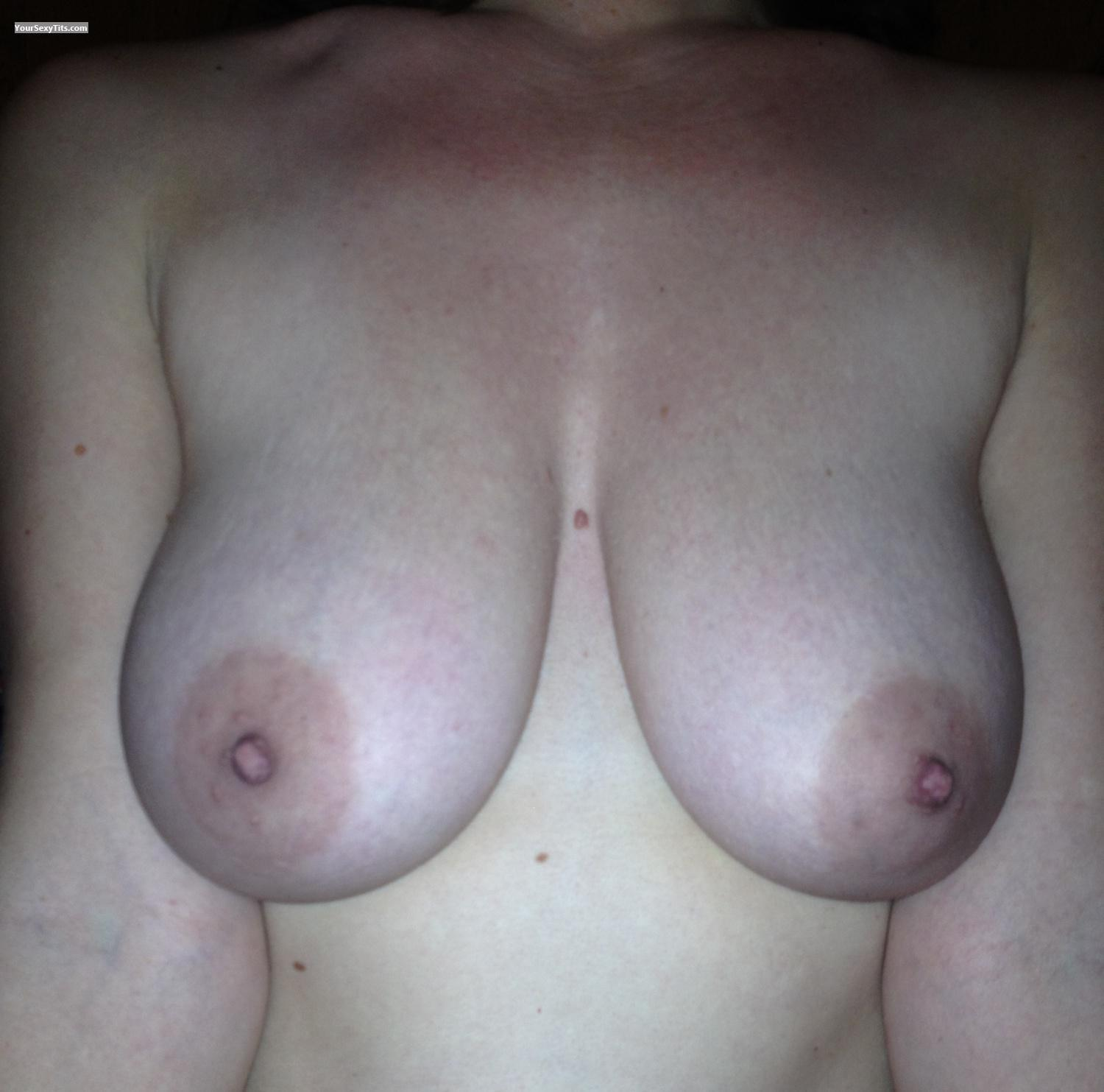 Tit Flash: Medium Tits By IPhone - Jess from United States