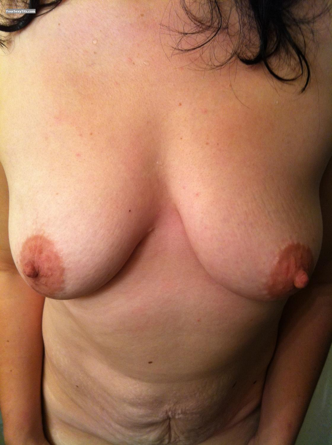 Tit Flash: Medium Tits By IPhone - Gtid5 from United States