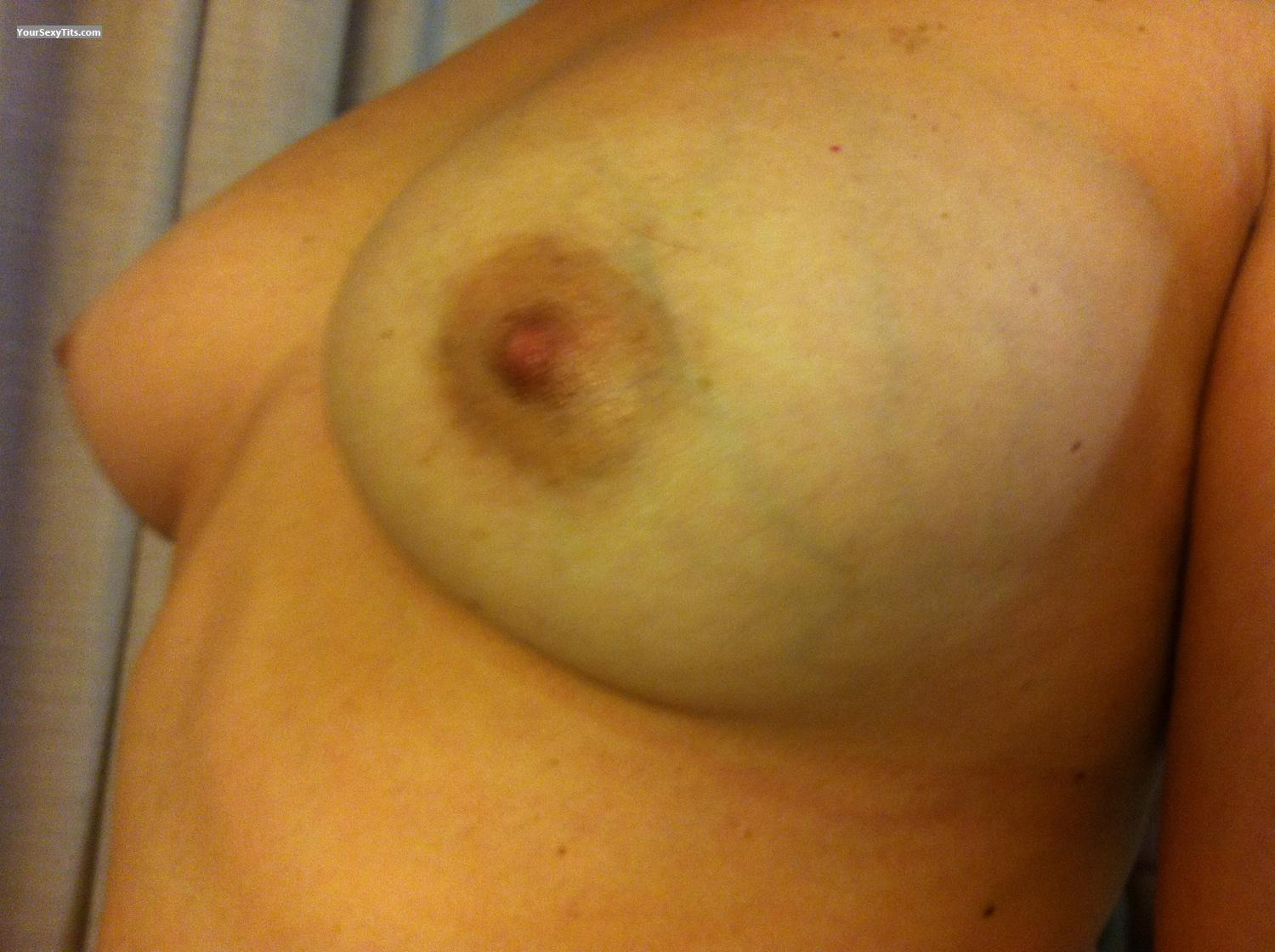 Tit Flash: My Medium Tits By IPhone (Selfie) - Laura from Australia