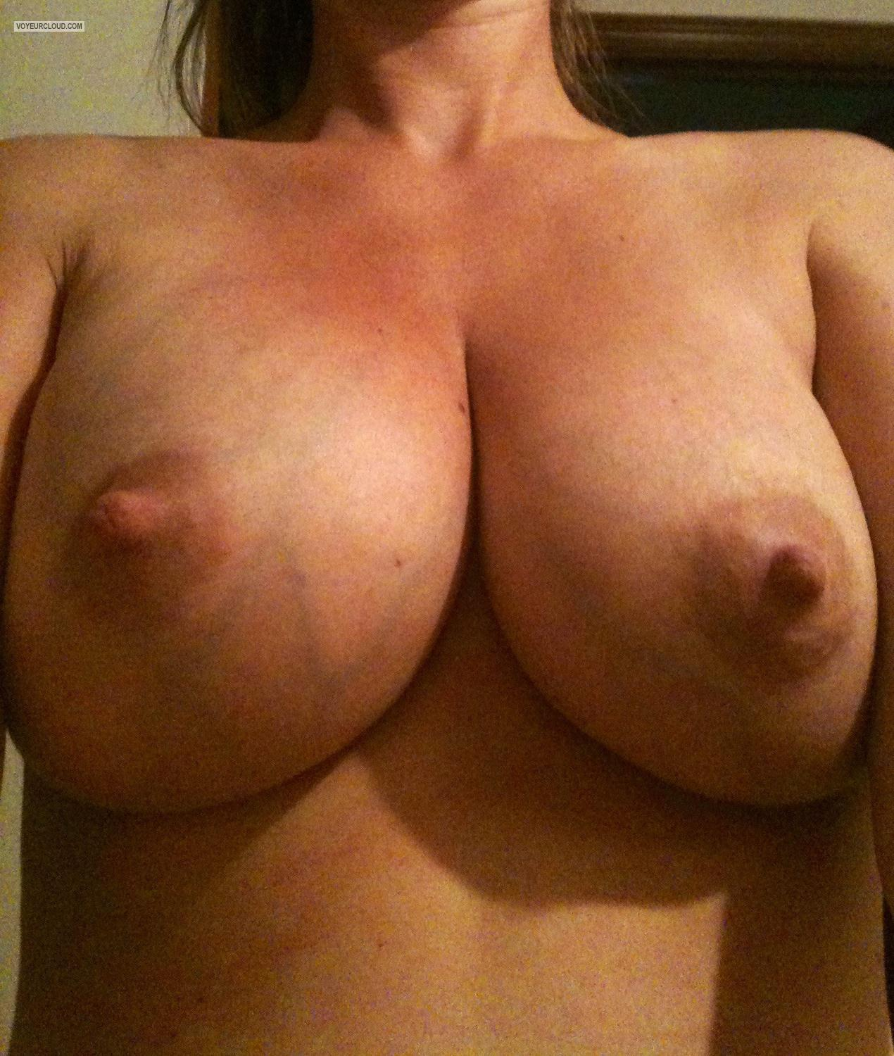 Tit Flash: Big Tits By IPhone - Nati from United States