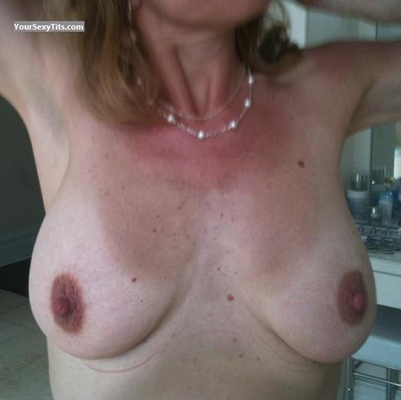 Medium Tits Anita