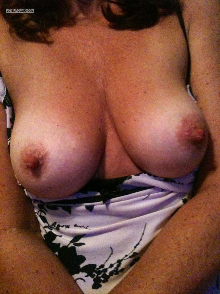 Medium Tits Deelicious