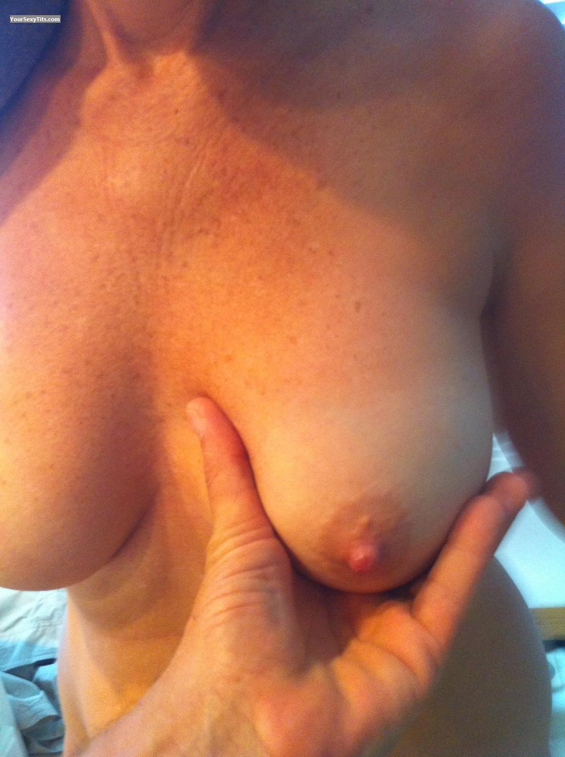 Medium Tits 2shy