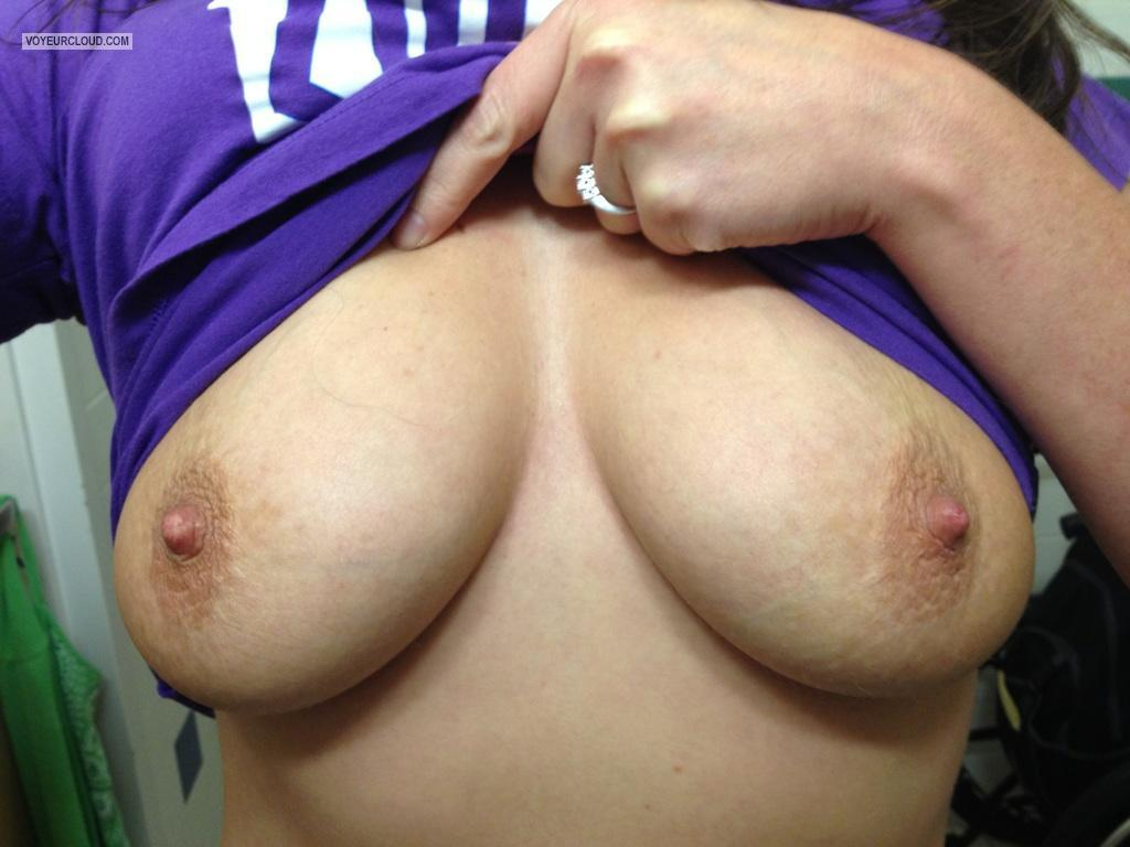Tit Flash: My Big Tits By IPhone (Selfie) - Sweettitties75 from United States