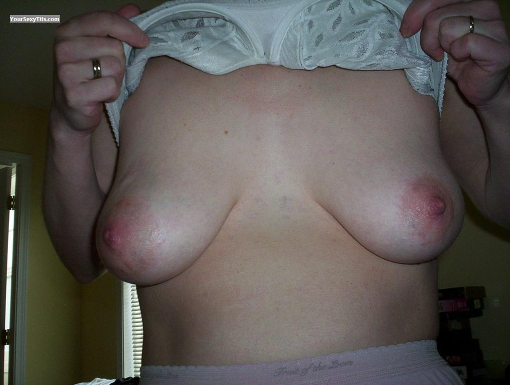 Tit Flash: Medium Tits By IPhone - Wifey from Canada