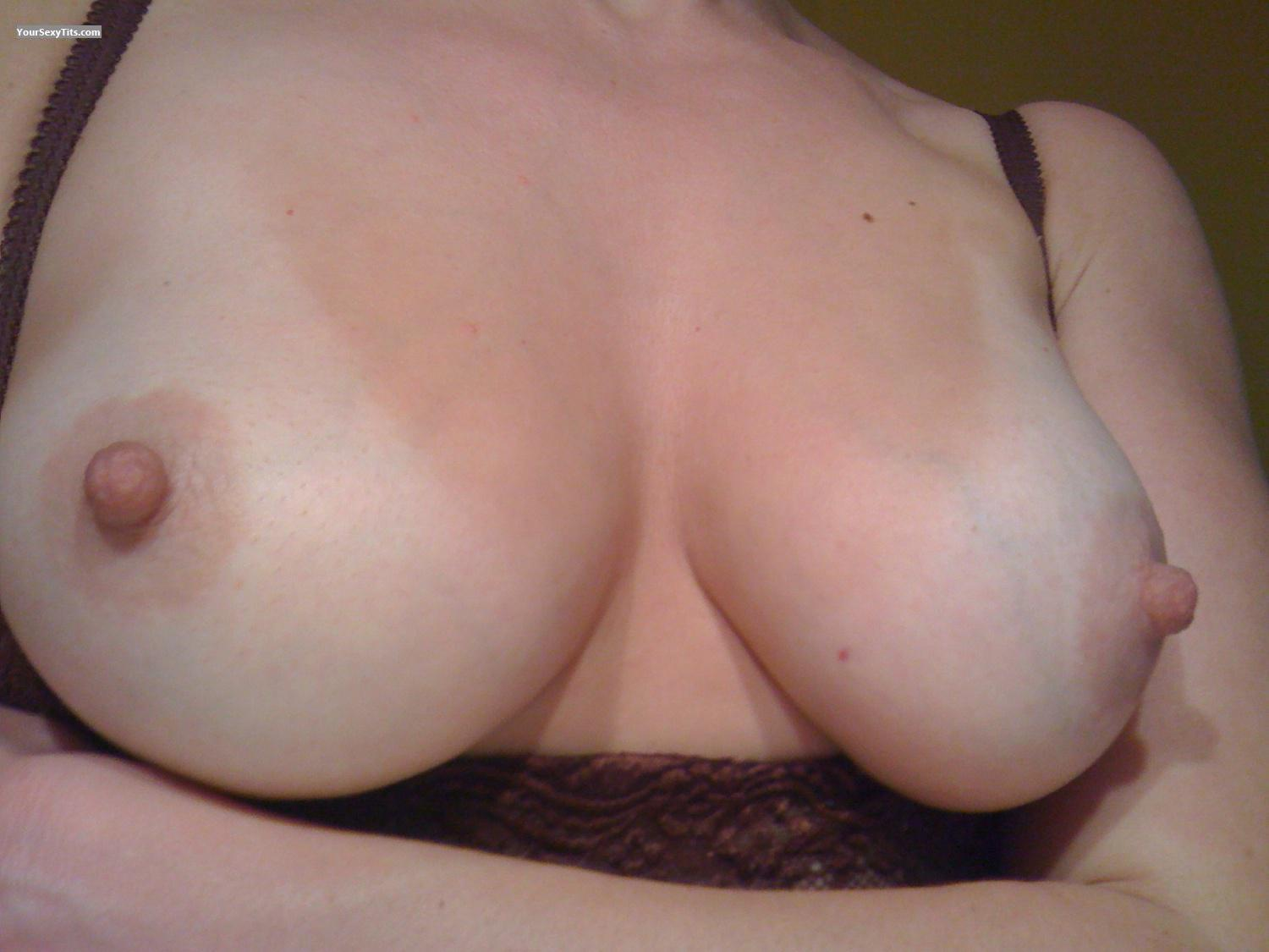 My Medium Tits Selfie by LittleBabs