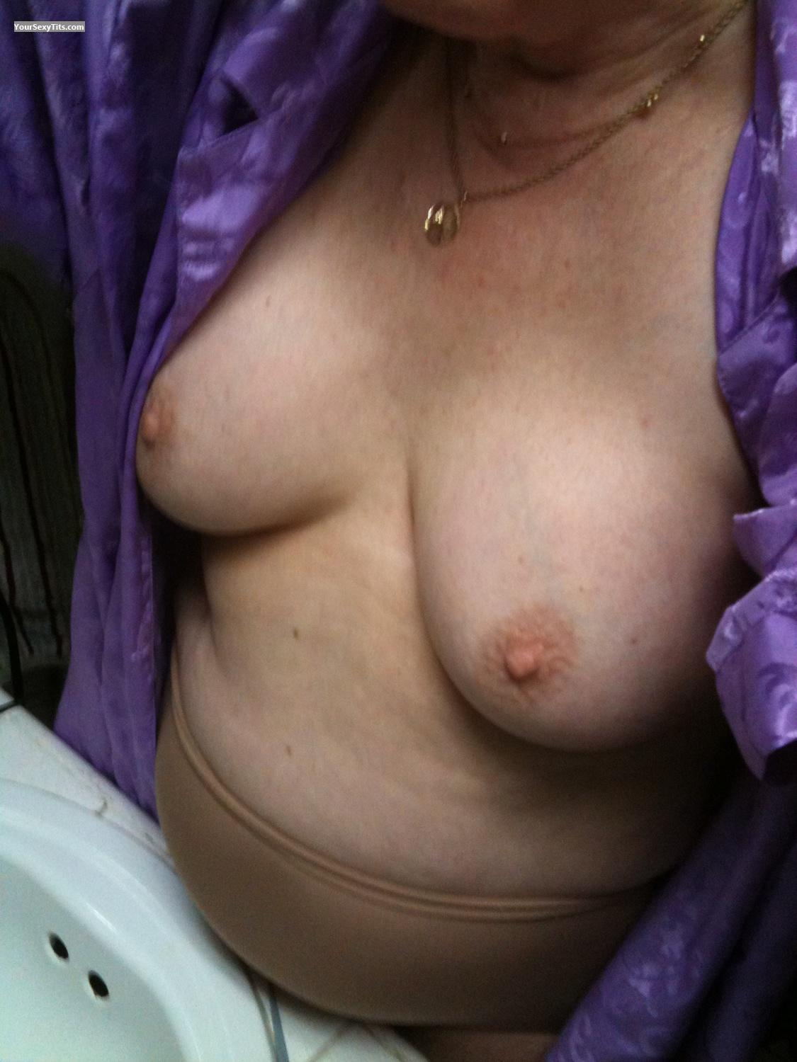 Medium Tits Wet Liz